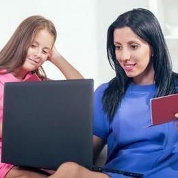 как поменять фамилию и отчества несовершеннолетнему ребенку