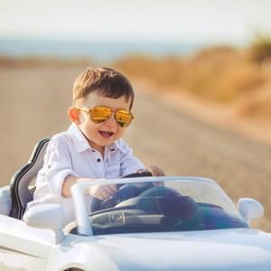 до возраста скольких лет ребенок считается малолетним