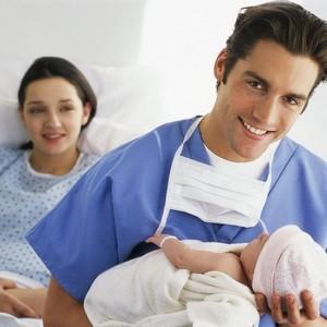 если ребенок рожден вне брака нужно ли его усыновлять
