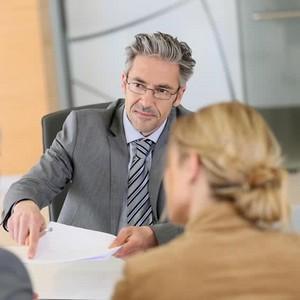 Поменять фамилию при разводе на девичью