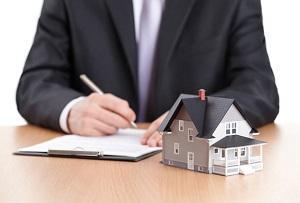 Как наследуется квартира по закону после смерти родственника