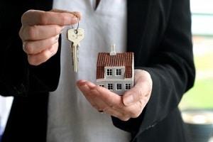 Дарение квартиры через МФЦ: инструкция