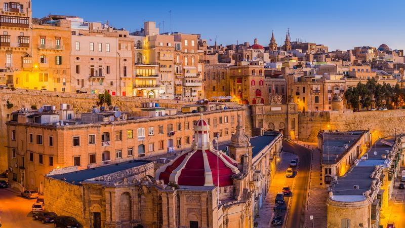 Работа на Мальте для русских: вакансии и оформление рабочей визы