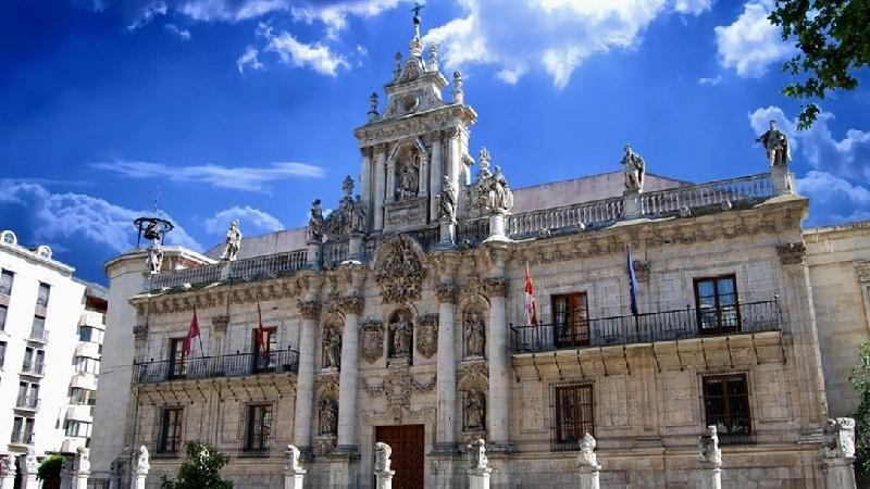 Как русским уехать учиться в Испанию: оформление визы для обучения в университетах