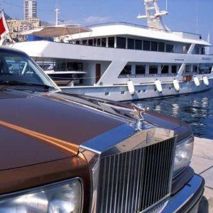 Налог на роскошь в России в 2019 году: что будет облагаться налогом, налог на автомобиль, что такое, вводят или нет