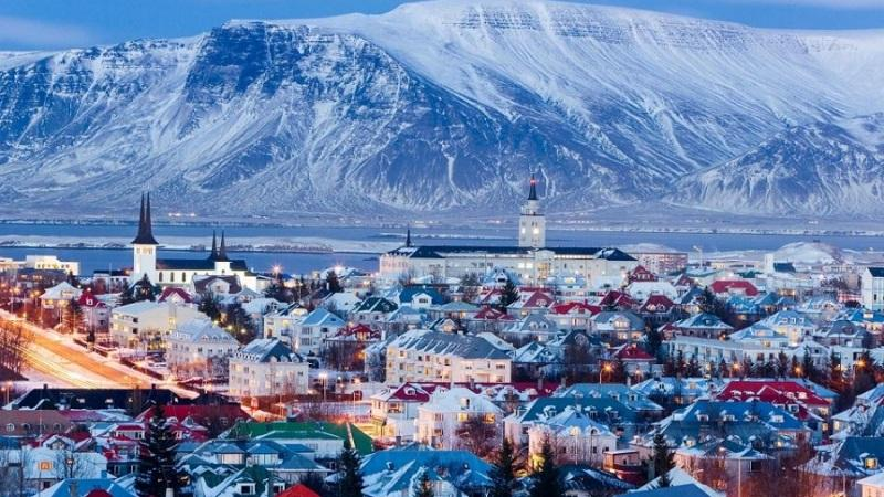 Как получить гражданство в Исландии: получение вида на жительство и паспорта гражданина Исландии