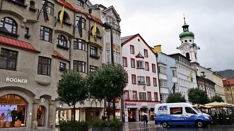 Как и кем можно уехать работать в Австрию: оформление рабочей визы