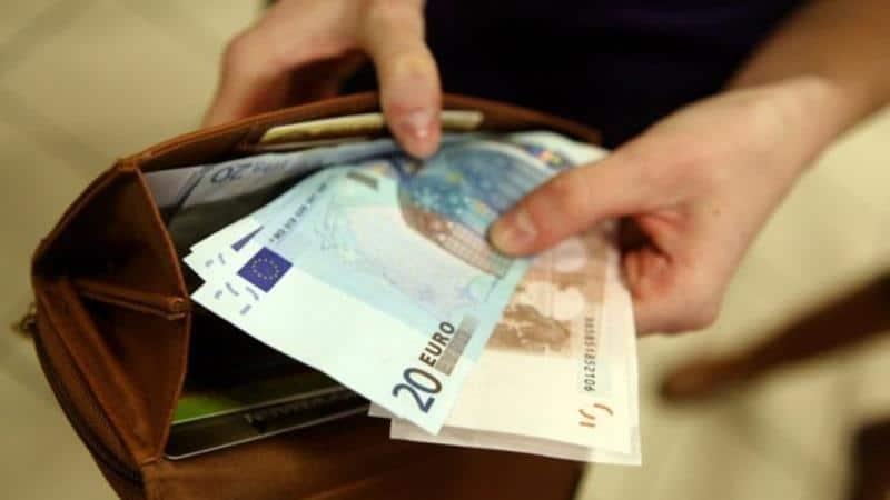 Как русским уехать работать в Голландию: вакансии и рабочая виза в Нидерланды
