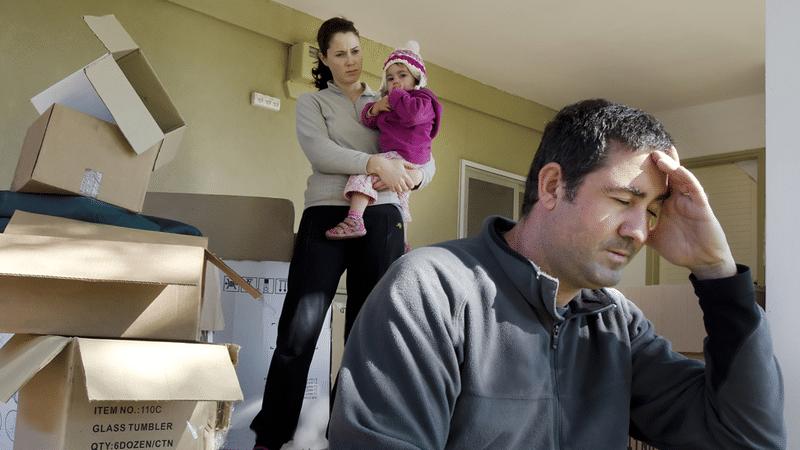 Как выгнать квартирантов из своей квартиры, если нет договора